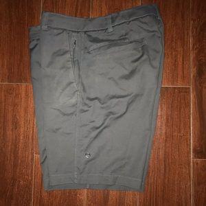 Men's Lululemon Athletica Shorts Sz 34